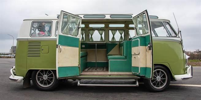 對開式車門設計方便上下車,也更適合車泊生活。(陳大任攝)