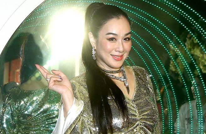 50歲性感女神鍾麗緹是演藝圈出名的美魔女。(圖/本報系資料照)