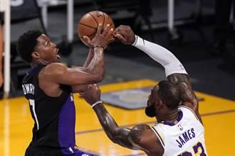 NBA》湖人排名告急 詹姆斯重批季後附加賽