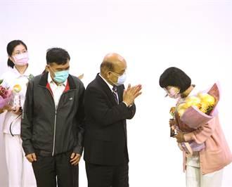 衛福部表揚優秀護理師 賴碧蓮參與武漢包機任務獲獎