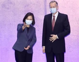 蔡英文:台灣不只是國際資安防熱區更是第一線練兵場