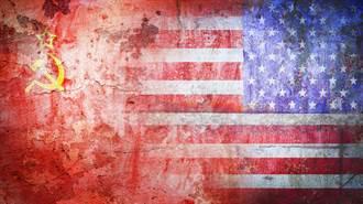蔣經國權力路上的政治特質