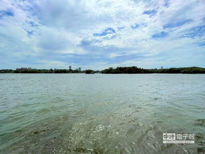 图为高雄澄清湖水库今日的蓄水量。(图:高雄市政府水利局提供)