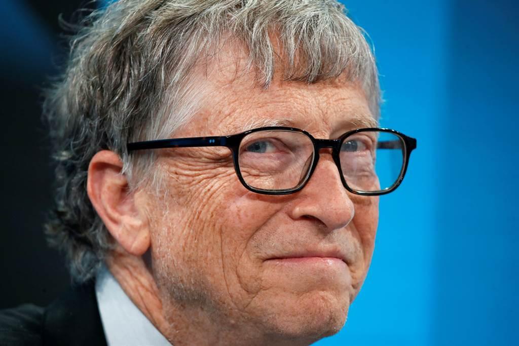 微軟共同創辦人比爾蓋茲(Bill Gates)2019年在瑞士阿爾卑斯山度假勝地達沃斯(Davos)出席世界經濟論壇(WEF)的神情。(路透)
