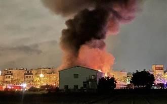 台南永康倉庫暗夜大火 幸無人員受困