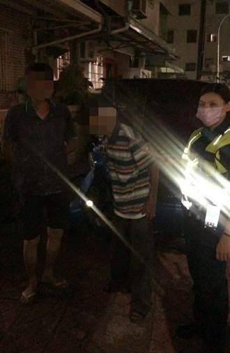 高雄7旬翁呆坐路邊2小時 暖警神救援找到回家的路