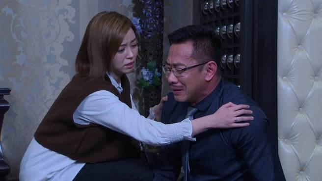 江俊翰抓包老婆偷吃哭到崩潰。(民視提供)