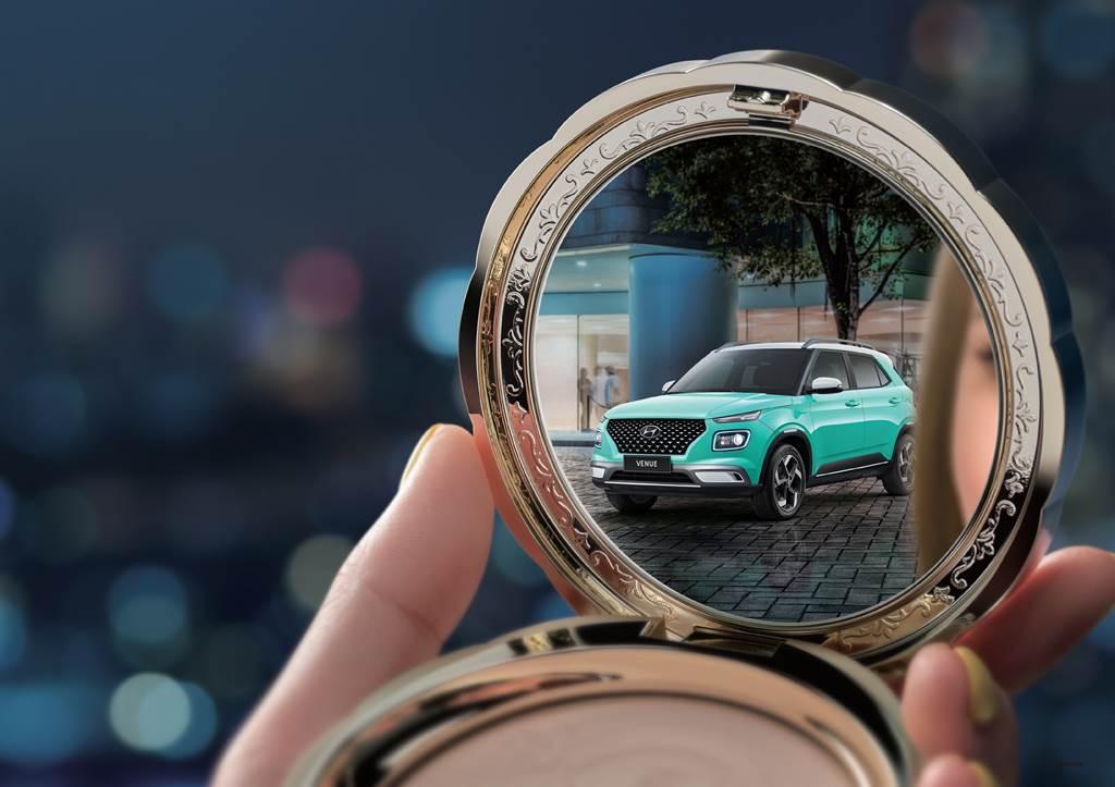 Hyundai Venue推出新色堤芬妮藍,主攻女性市場。
