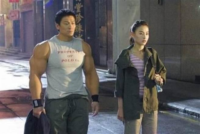 劉德華在拍攝《大隻佬》期間,被張柏芝惹到忍無可忍。(圖/翻攝自百度百科)