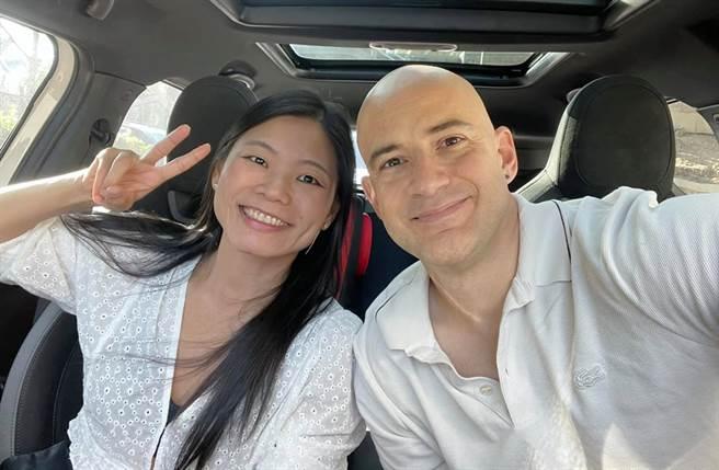 吳鳳來台多年,跟台灣老婆Rynne結婚6年。(圖/翻攝自吳鳳 Rifat臉書)