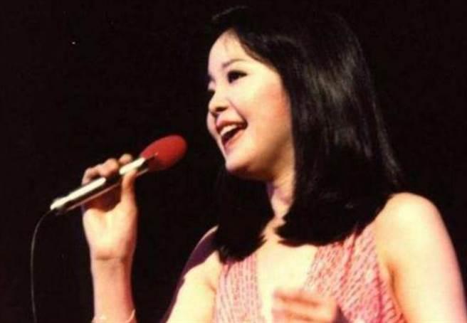 鄧麗君唱紅了無數經典歌曲。(圖/翻攝自微博)
