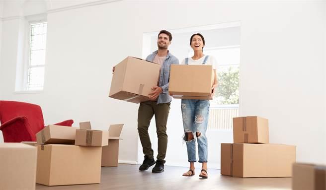 宅命相配、格局方正、採光適中、乾淨清爽的房子可以增旺居住者的運勢。(示意圖/shutterstock)