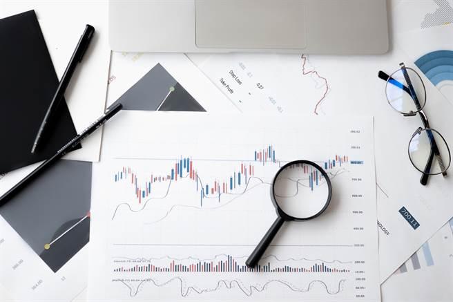 隨著大數據的興起,資料科學家、數據分析師等職業,成為不少人心中的職涯目標。(圖/取自Pexels)
