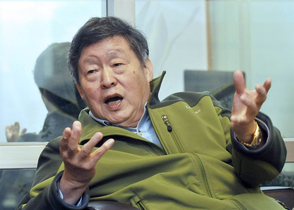 圖為傅建中2012年11月27日在台北接受專訪的畫面。(資料照)