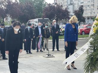 陸駐前南斯拉夫使館被北約轟炸22周年  中塞各界憑弔