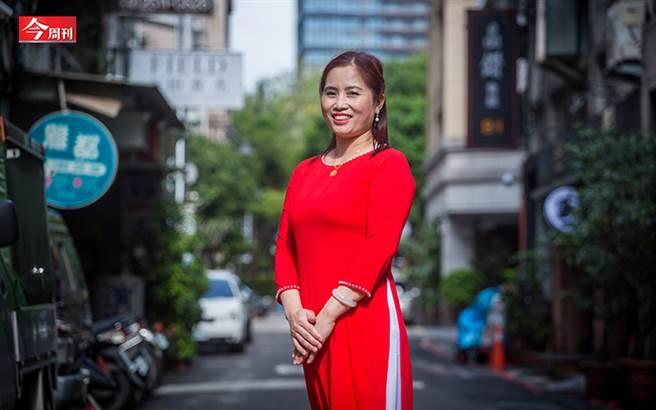 勞動部在今年的模範勞工表揚儀式中,首度新增「模範移工」組,以感謝他們對台灣社會的貢獻。(圖/今周刊提供、蕭芃凱攝影)