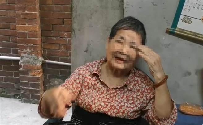 中正大學哲學系女大生劉佳穎消失14年,阿嬤相信孫女會回家。(吳敏菁攝)