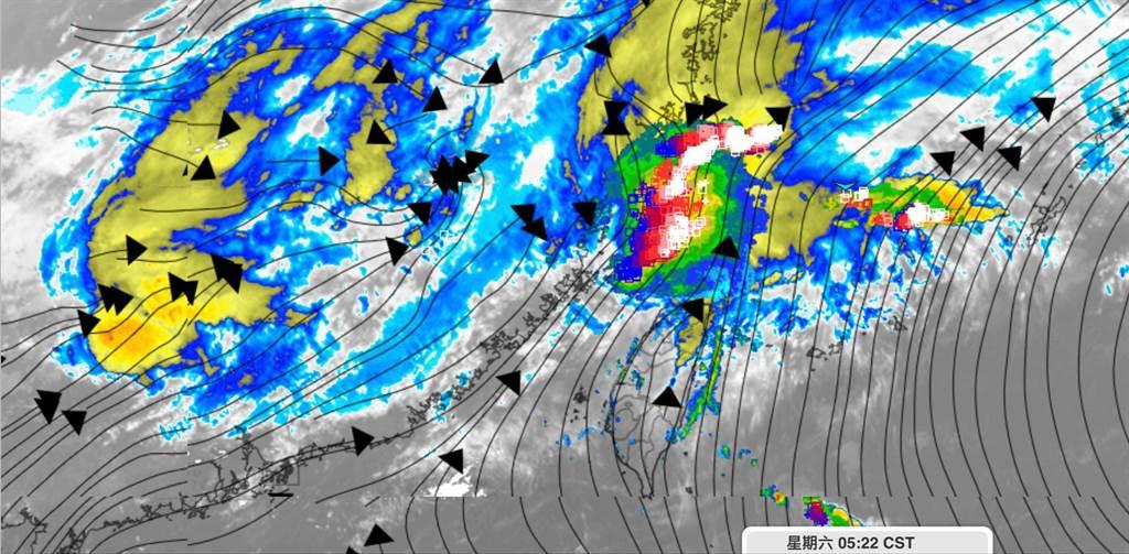 滯留鋒較強對流(紅色區域)卡在台灣北部海域,勢力不及本島,無法帶來明顯雨勢。(翻攝彭啟明臉書)