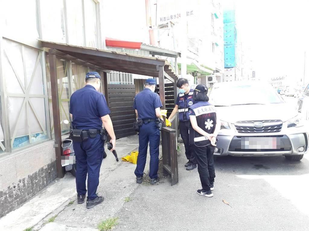 台東市知名老牌地瓜酥店,8日中午傳出有具死亡多時的遺體,死者為地瓜酥店負責人張姓女子的前夫周姓男子。(蔡旻妤攝)
