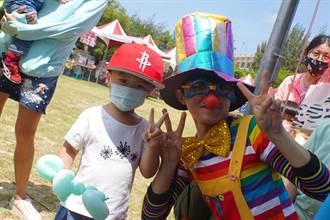 北港鎮公所「馨動遊樂園」慶祝母親節 製造親子回憶