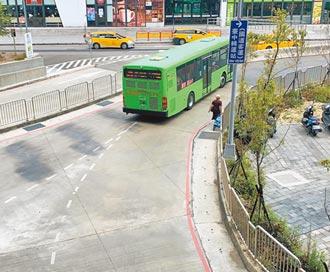 台中火車站前交通亂糟糟 將優化動線