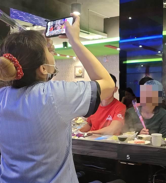 網友讚北投大業路上火鍋店不僅食材新鮮,服務也超親切。(照片/《我是北投人》粉絲團 授權提供)