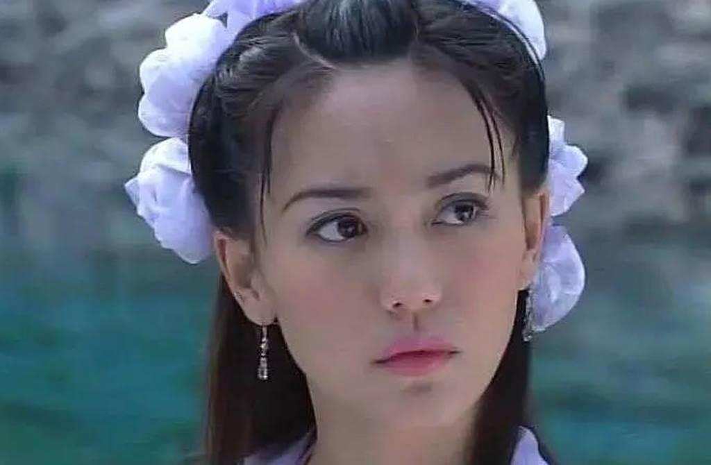 郭妃麗昔被譽為新加坡三大美人之一。(圖/翻攝自微博)