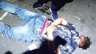 拒檢竄逃撞進民宅現場留41發子彈 肇事男遭逮搜出貝瑞塔手槍