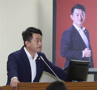 刪Q總部遞交罷免連署書 陳柏惟批:以扭曲方式行使罷免