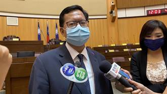 鄭文燦:機場3.5萬從業人員應納入公費施打
