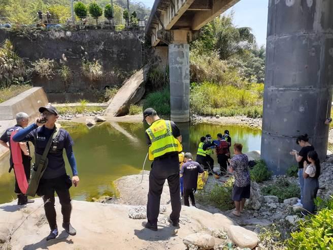台中市太平區頭汴坑溪驚傳2人溺斃意外。(民眾提供/馮惠宜台中傳真)