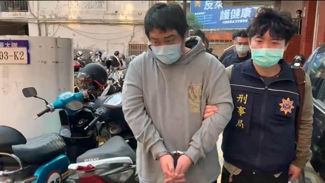 警方移送以竹聯幫信堂吳姓大哥為首的洗錢集團。(翻攝畫面)