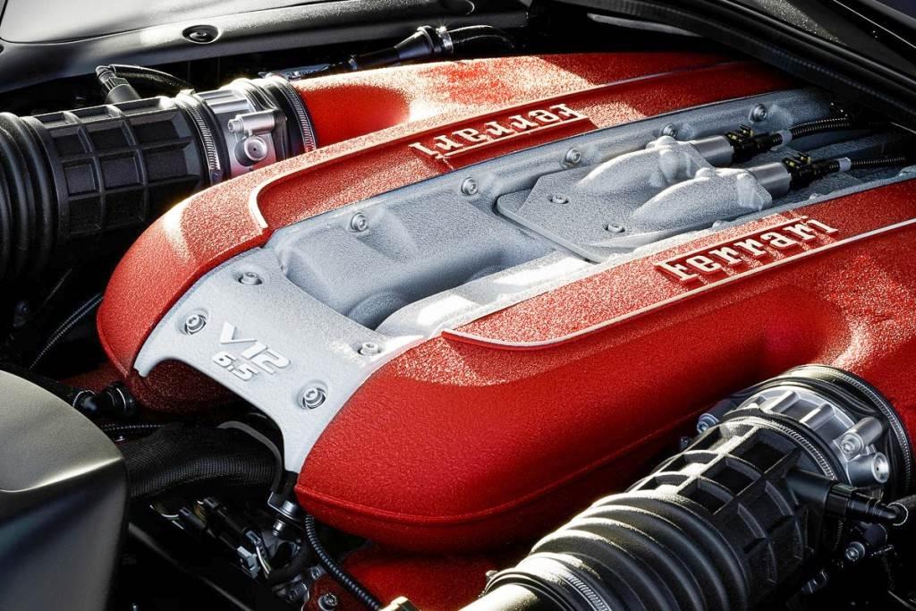 當代終極自然進氣不死! Ferrari 堅信 V12 還有續存空間