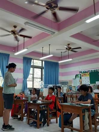 熱爆!台南南化區飆39.3全國最高溫 學童只靠吹電扇喝水降溫
