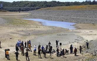 加州水情吃緊 州長宣布41郡進入乾旱緊急狀態