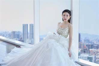 劉宸希穿上婚紗宣傳環保
