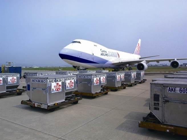 華航爆發機師群聚感染,被迫實施「清零2.0」計劃。(資料照/華航提供)