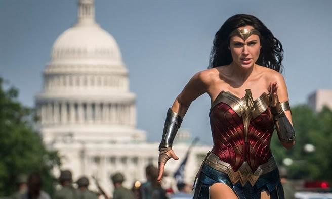 一天5餐照樣是女神!看看「神力女超人」蓋兒加朵的健身菜單。(圖/Wonder Women 1984 官網、康健雜誌提供)