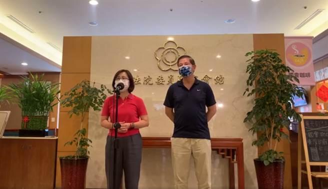 國民黨大安區立委林奕華(左)、台北市大安區群英里里長石忠勝(右)(圖/翻攝自林奕華臉書)