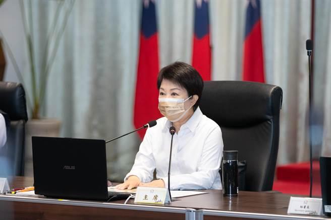 台中市長盧秀燕11日表示,台中市今年度的國中會考不開放陪考,請家長與學生有所準備。 (盧金足攝)