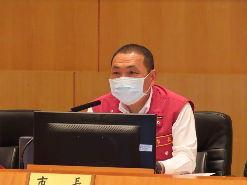 新北市市長侯友宜今表示該封城就封城,陳時中反問標準為何。(圖/本報系資料照)