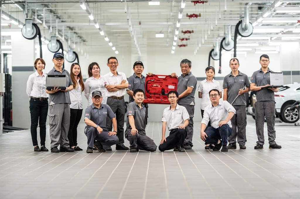 專業人才亦是深耕車市超過20年的九和汽車珍貴資產,深厚的Jaguar Land Rover保修經驗與專業背景提供北台灣Jaguar Land Rover車主最堅實的後勤水準。