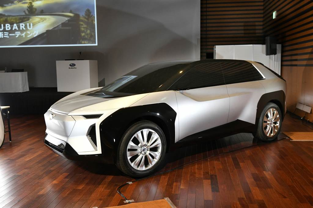 Subaru 首款純電車 SOLTERRA 預告 2022 年亮相、將以 e-SGP 平台打造!