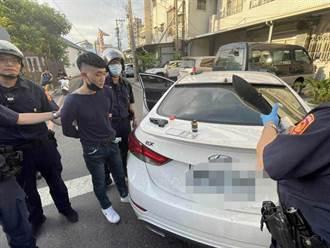 毒品通緝犯遇警盤查逃逸 連撞3車後被逮