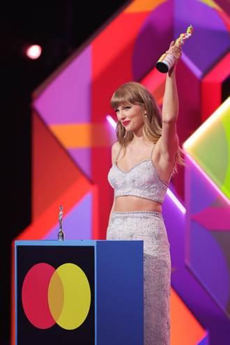 全英音樂獎 Taylor Swift穿著它上台