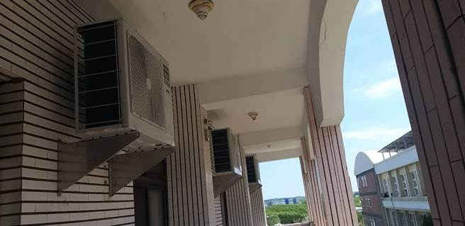 馬公高中學生宿舍冷氣汰換。(教育部提供/林志成台北傳真)