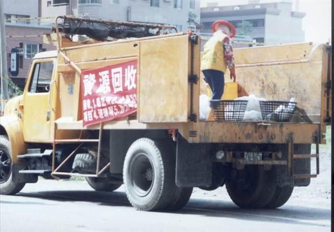 1994年5月間,新竹縣新豐鄉一名孫姓清潔隊員突然被發現陳屍於住家附近池塘,案情一度充滿疑點。(示意圖,非本新聞事件/中時資料照)