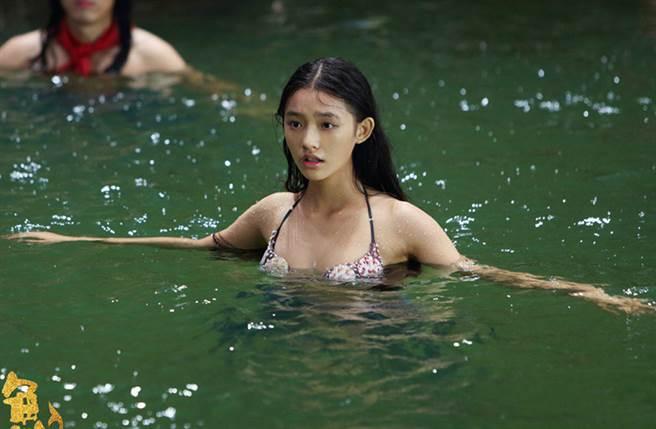 林允因拍周星馳電影《美人魚》爆紅。(周星馳電影美人魚官方微博)