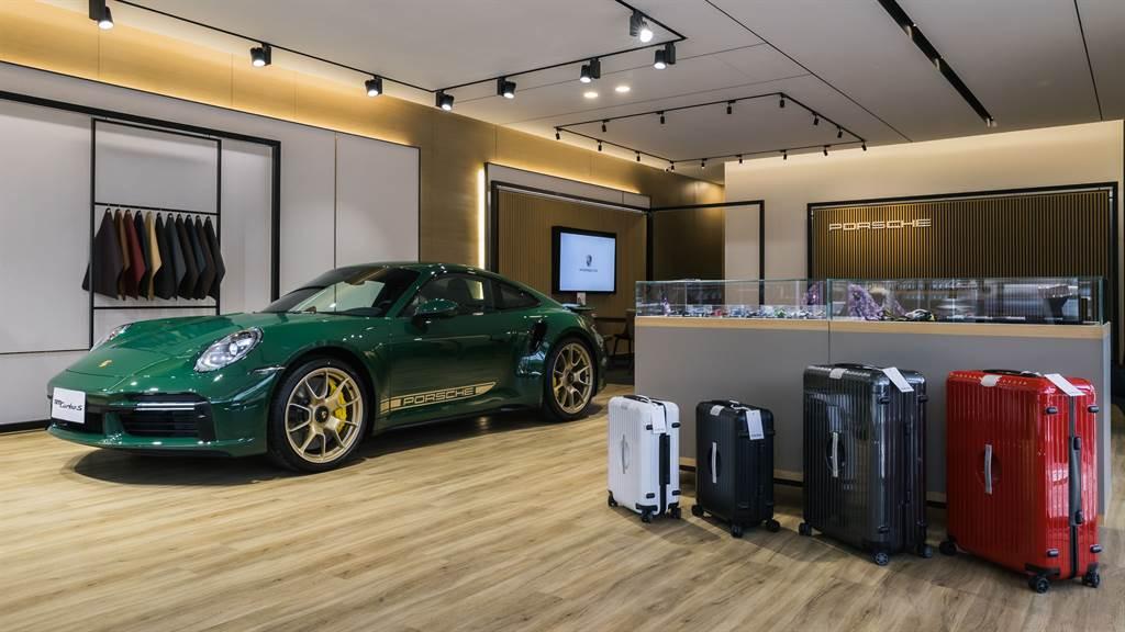 全台第一座 「獨立概念店 Porsche NOW Tainan」在台南正式落成啟用,以「隨心所欲、感受當下」之設計概念,提供南台灣消費者一座設計簡約且極具品味的賞車空間,與獨享尊榮的極致體驗。