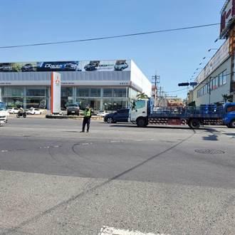 【全台大停電】 台南號誌路口停擺 警出動人工疏導